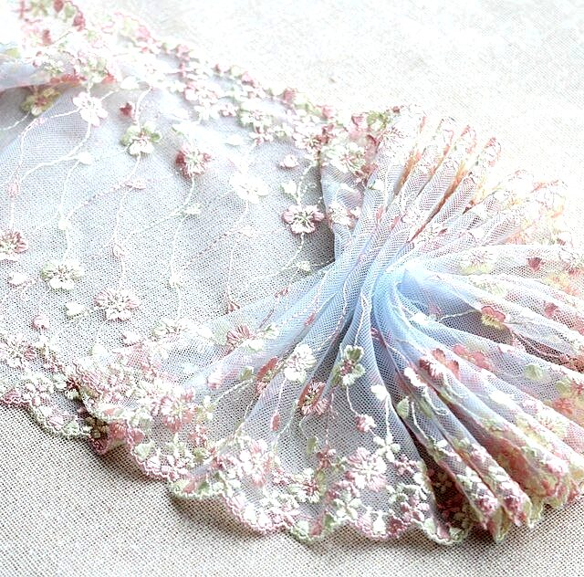 Exquisite Embroidery Flower Floral Venise Lace Fabric Ribbons Trim
